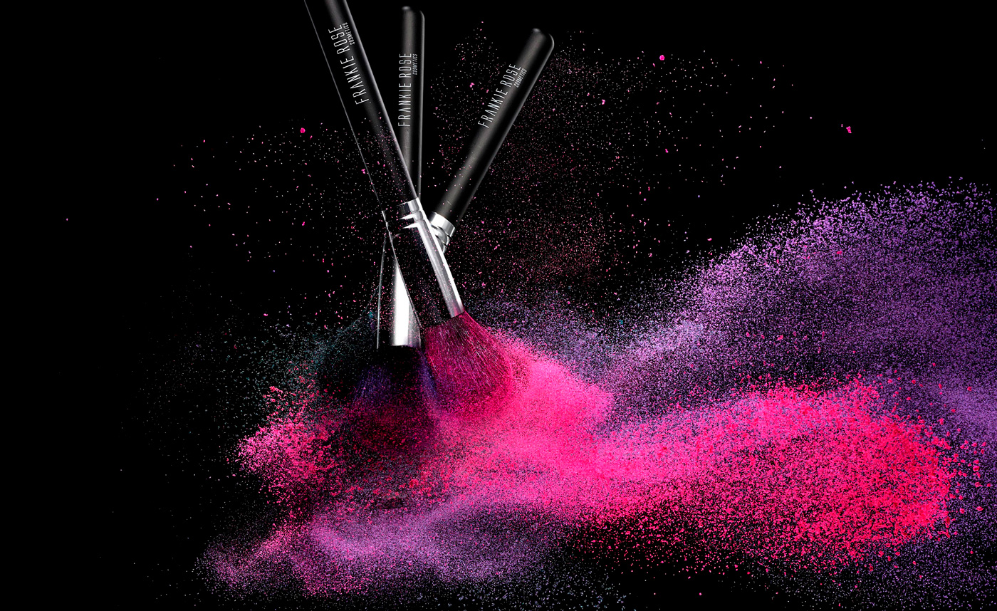 cosmetic_fr-brushes-3up